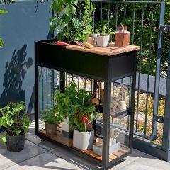 Juliana - Vertical Greenhouse