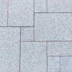 Earlstone - Light Grey Granite - Sawn & Textured